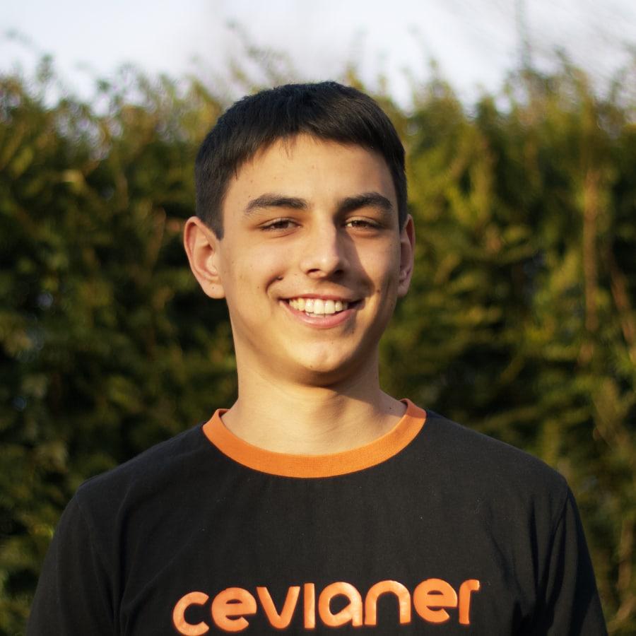 Luca Caprez